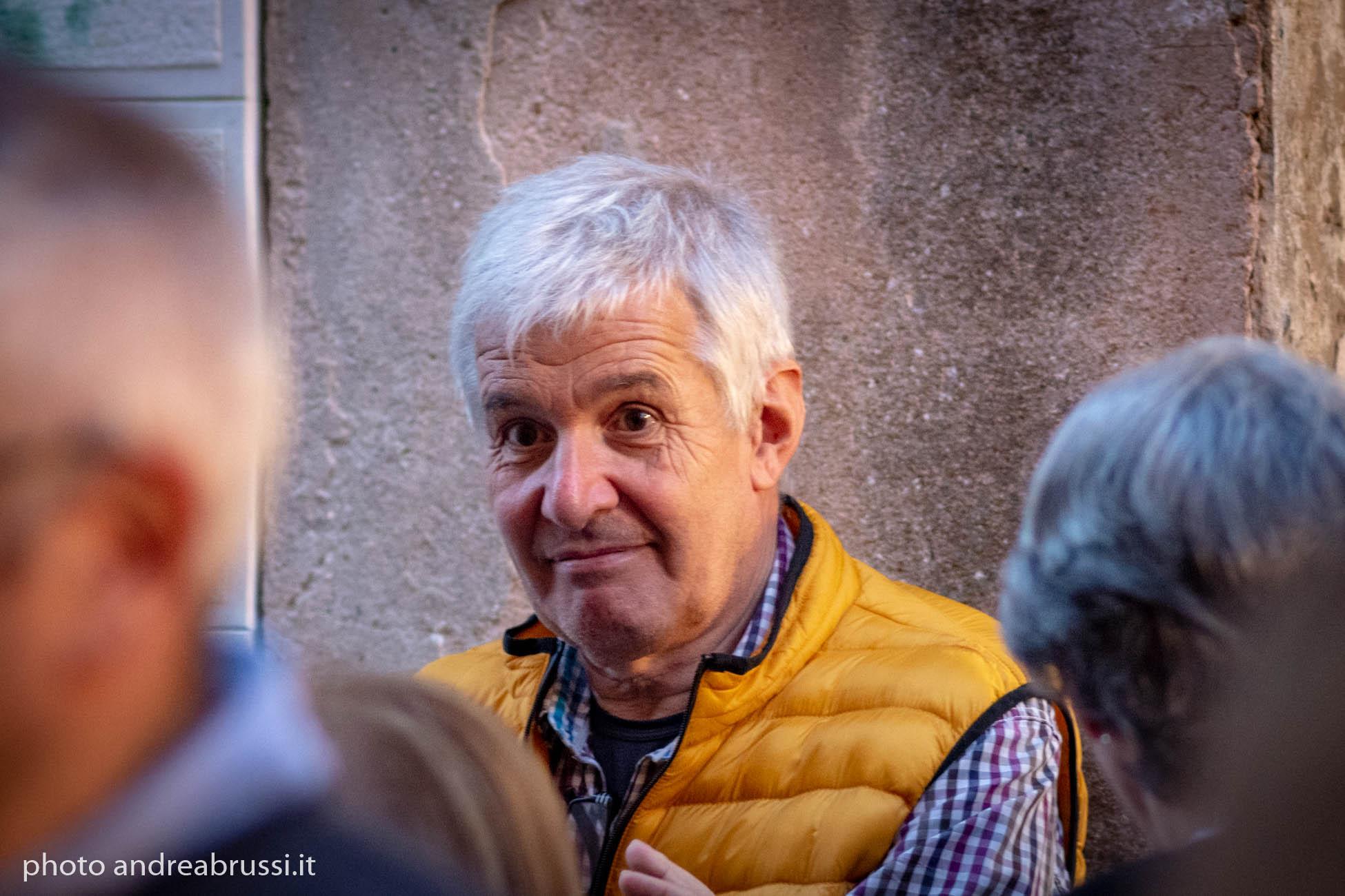 Umberto Facchini -Archivi Fotografici - Vernice